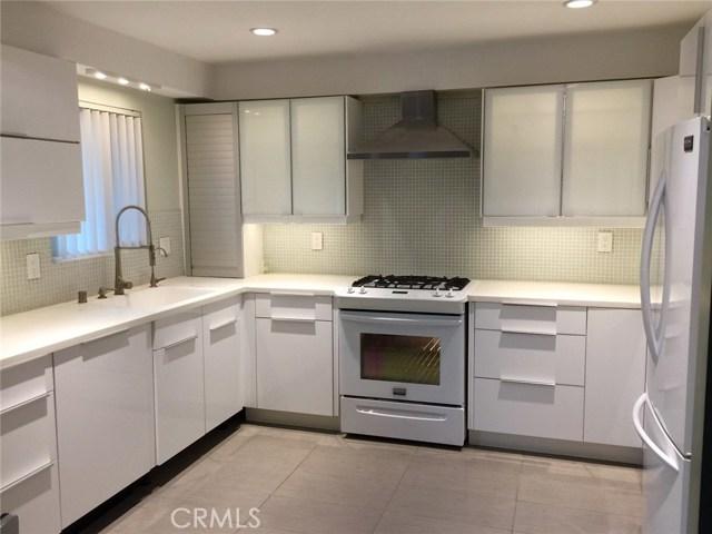 Condominium for Sale at 1523 Windsor Road E Glendale, California 91205 United States
