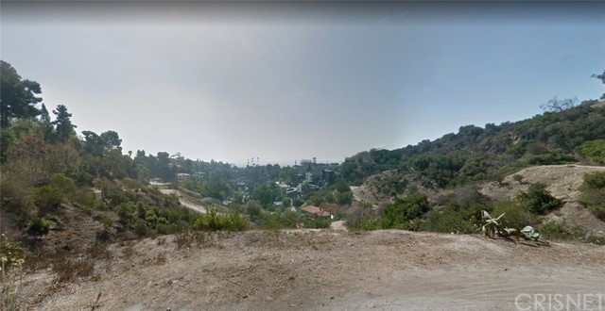 2745 Hargrave Drive, Los Angeles, CA 90068 Photo 4