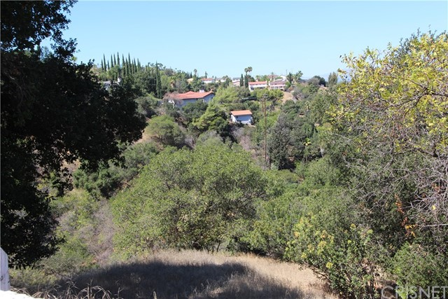 3593 Multiview N Drive, Hollywood Hills CA: http://media.crmls.org/mediascn/564778df-7c4f-41f6-8fa1-01d704cdc653.jpg
