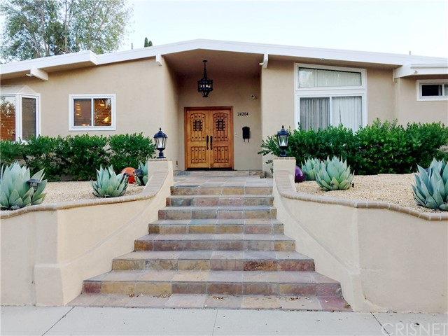 Single Family Home for Rent at 24204 Calvert Street Woodland Hills, California 91367 United States