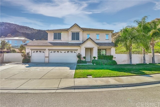 Photo of 31125 Riverdale Place, Castaic, CA 91384