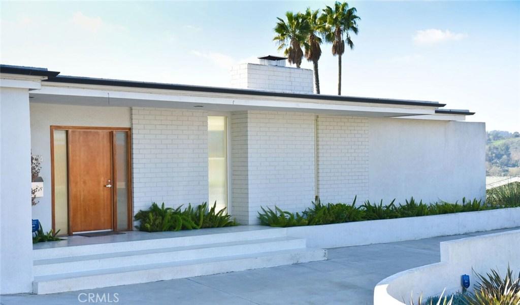 11554 Dona Evita Drive, Studio City, CA 91604