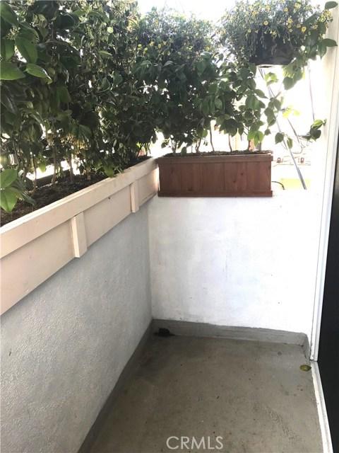 917 2nd St 204, Santa Monica, CA 90403 photo 24