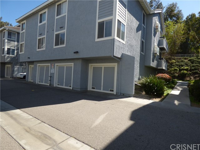Condominium for Rent at 26906 Flo Lane Canyon Country, California 91351 United States