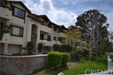 Condominium for Rent at 28039 Sarabande Lane Canyon Country, California 91387 United States