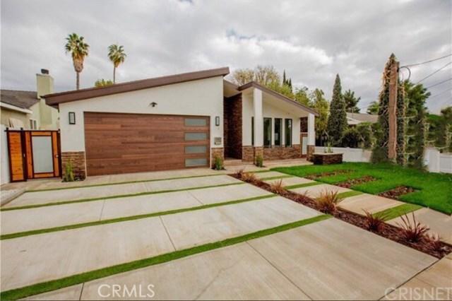 Single Family Home for Sale at 5914 Ranchito Avenue 5914 Ranchito Avenue Valley Glen, California 91401 United States