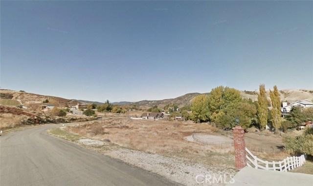 15229 Rimford Dr Drive, Lake Hughes CA: http://media.crmls.org/mediascn/573e07c2-bf3f-49ca-9966-03d0a4fd5de2.jpg