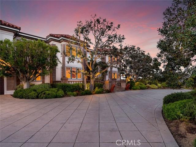 独户住宅 为 销售 在 11812 Poema Place 查特斯沃斯, 91311 美国