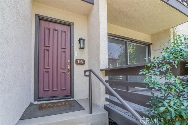5711 Owensmouth Avenue, Woodland Hills CA: http://media.crmls.org/mediascn/574513b7-dd53-4a19-b52d-bcfba8d15954.jpg