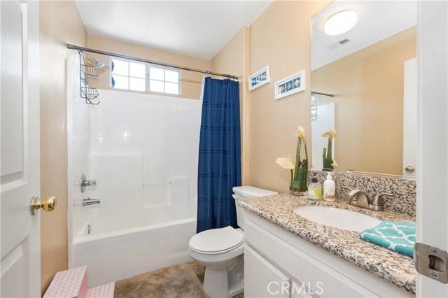 12359 Twilight Avenue, Sylmar CA: http://media.crmls.org/mediascn/574e4cb8-28cc-4251-b504-6a7ba696431f.jpg