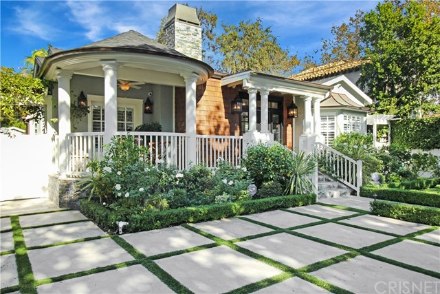 Additional photo for property listing at 10509  Valley Spring Lane 10509  Valley Spring Lane Toluca Lake, California 91602 United States