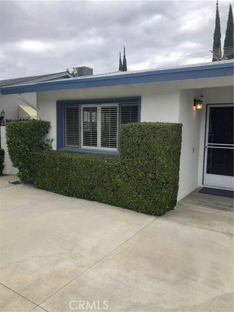 6622 Franrivers Avenue, West Hills CA: http://media.crmls.org/mediascn/57940693-6357-4960-bf46-4925edceb98a.jpg
