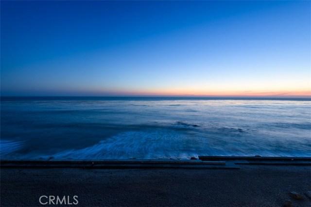 11874 Beach Club Way, Malibu CA: http://media.crmls.org/mediascn/57a4d4db-9033-498f-aba6-83b20bc8f940.jpg