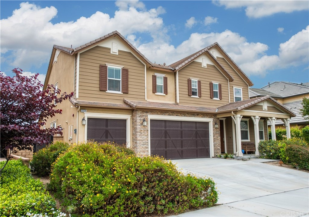 Photo of 22324 WINDRIVER COURT, Saugus, CA 91350