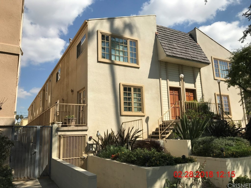 Property for sale at 943 12th Street #4, Santa Monica,  CA 90403