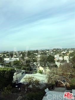 Photo of 3111 4th Street #311, Santa Monica, CA 90405