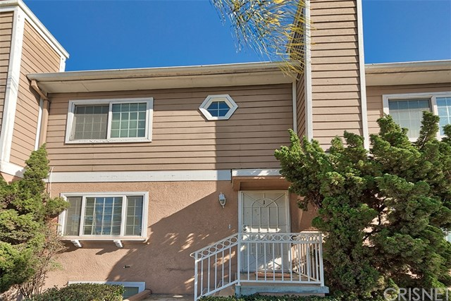 Townhouse for Sale at 10230 Crenshaw Boulevard Unit 1 10230 Crenshaw Boulevard Inglewood, California 90303 United States