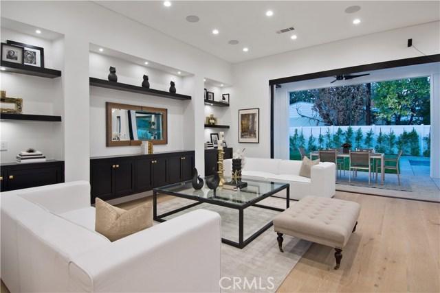 4910 Laurelgrove Avenue Valley Village, CA 91607 - MLS #: SR18032546