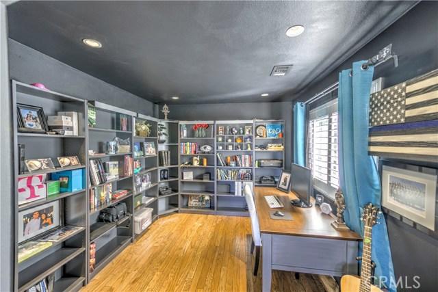 27838 Pine Crest Place Castaic, CA 91384 - MLS #: SR18220153