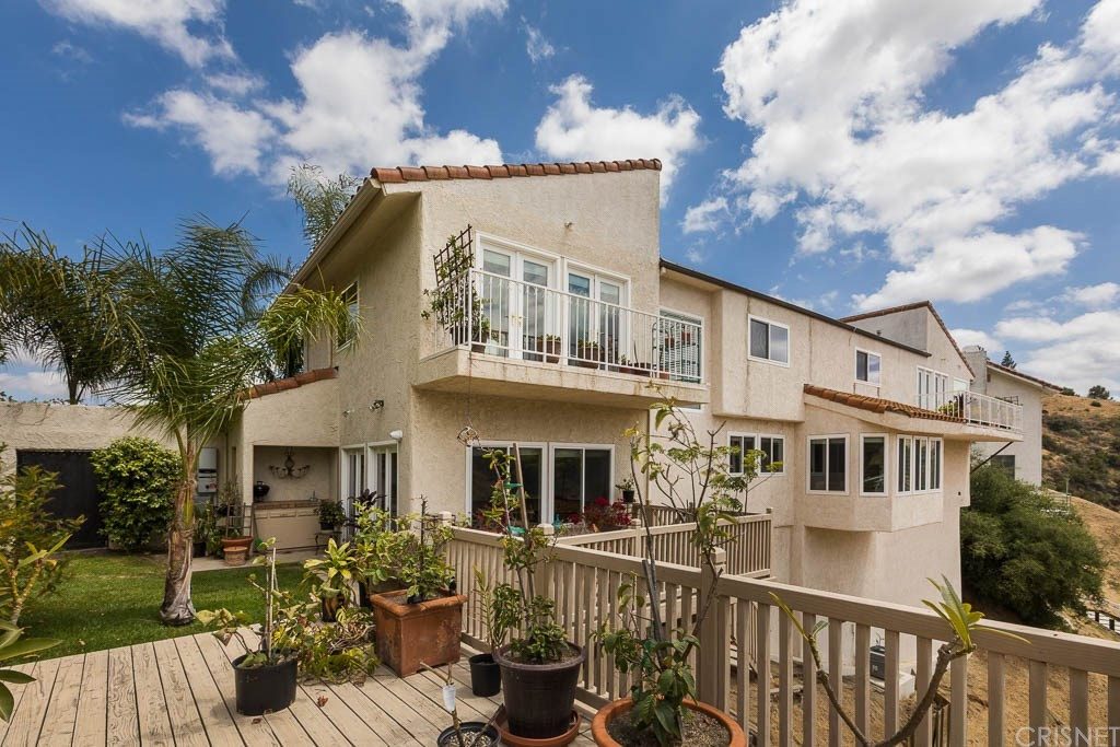 Photo of 61 SADDLEBOW ROAD, Bell Canyon, CA 91307