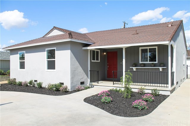 Single Family Home for Sale at 17123 Baltar Street Lake Balboa, California 91406 United States