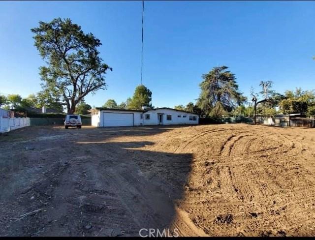 Photo of 22616 Oxnard Street, Woodland Hills, CA 91367