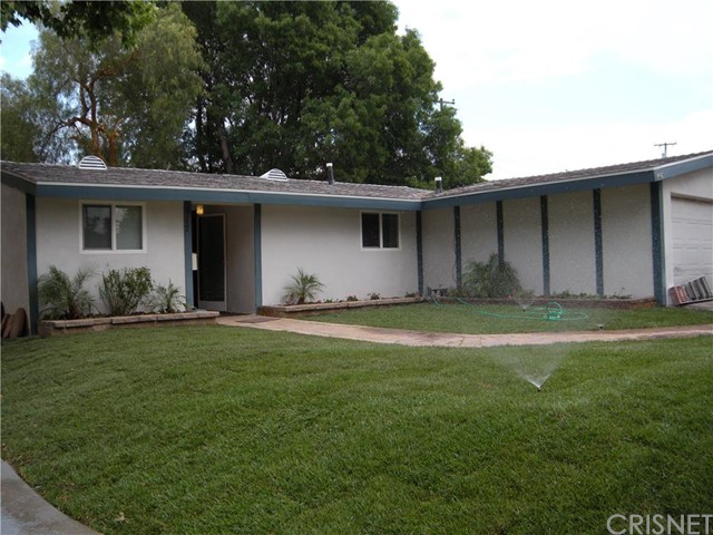27552 Walnut Springs Avenue, Canyon Country CA 91351