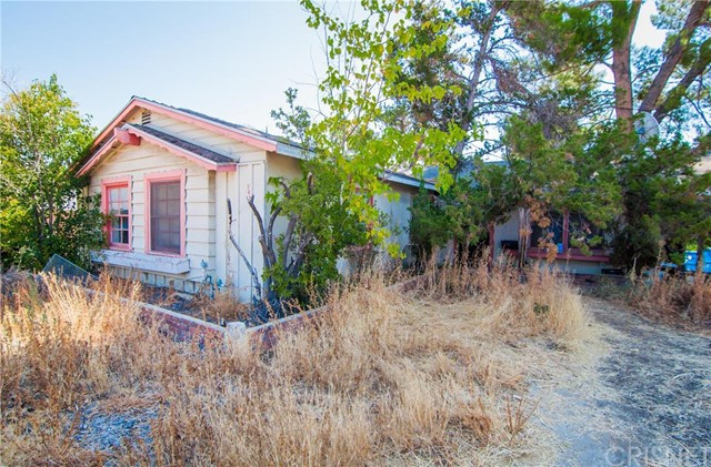 7422 Woodlake Avenue West Hills, CA 91307 is listed for sale as MLS Listing SR16168173