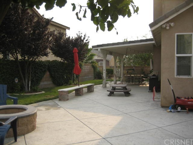 5800 W Avenue K14, Lancaster CA: http://media.crmls.org/mediascn/59dbe231-0be6-4592-af90-0270ac974adc.jpg