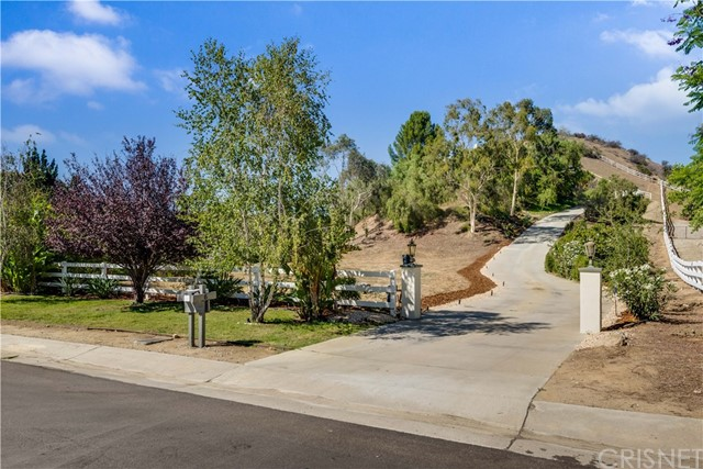 Single Family Home for Sale at 6 Appaloosa Lane Bell Canyon, California 91307 United States