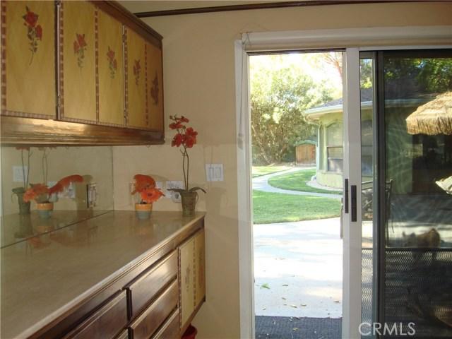 2011 Carson Mesa Road, Acton CA: http://media.crmls.org/mediascn/5abdb47c-87ea-49c2-b789-a4e380eaab48.jpg