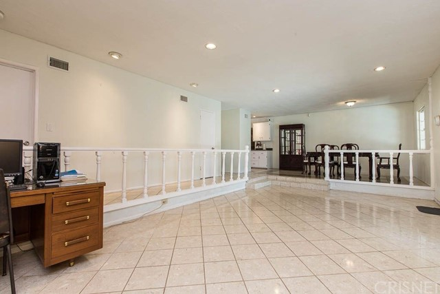 17158 Devonshire Street Northridge, CA 91325 - MLS #: SR18273382