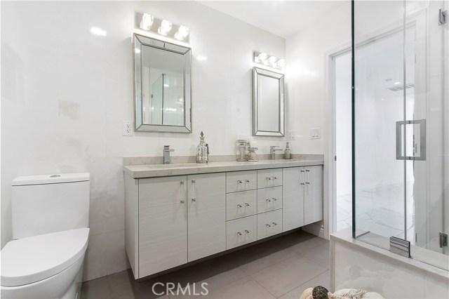 9403 Vanalden Avenue Northridge, CA 91324 - MLS #: SR18247751