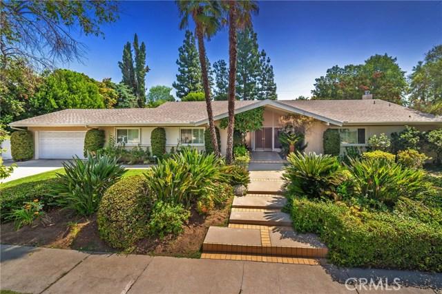 9524 Texhoma Avenue, Northridge CA: http://media.crmls.org/mediascn/5b6854d7-6f3c-4cac-8d8e-b2b5b680d7a4.jpg