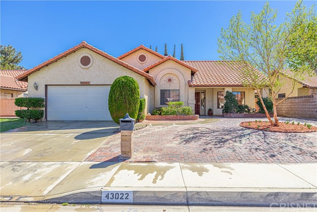 Detail Gallery Image 1 of 39 For 43022 Sachs Dr, Lancaster,  CA 93536 - 3 Beds   2 Baths