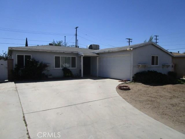 44745 Andale Avenue, Lancaster CA: http://media.crmls.org/mediascn/5bc840e7-8daf-4574-a7b5-5e568c12eeeb.jpg