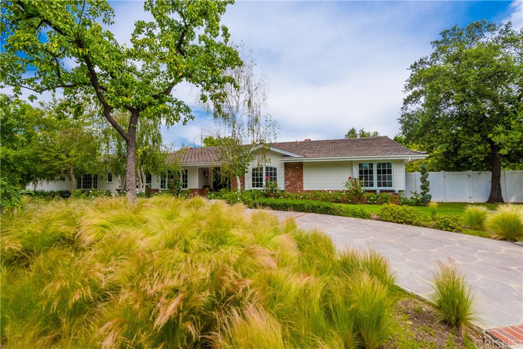 5364 SCOTT ROBERTSON Road, Hidden Hills, CA 91302