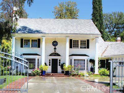 20261 Ruston Road, Woodland Hills CA 91364