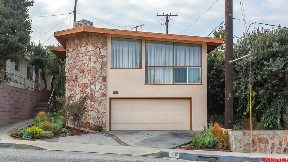 Property for sale at 3847 Lenawee Avenue, Culver City,  CA 90232