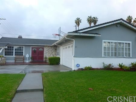 Single Family Home for Rent at 7801 Vicky Avenue 7801 Vicky Avenue West Hills, California 91304 United States