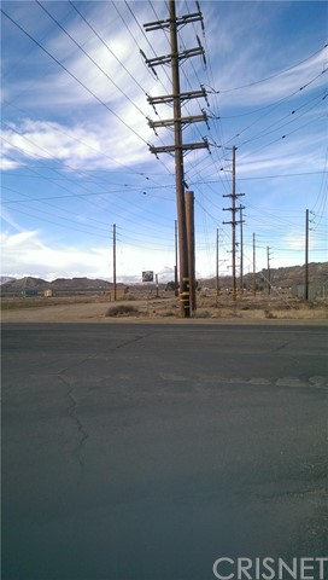 Land for Sale at 60 St. West & Rosamond Boulevard Rosamond, United States
