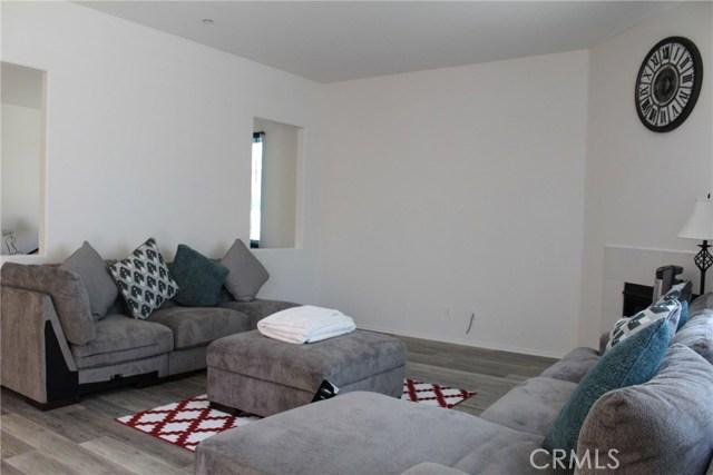 43942 Windrose Place, Lancaster CA: http://media.crmls.org/mediascn/5ea2e3a2-20c6-45a6-ad41-f8817a13684a.jpg