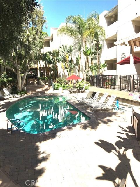Condominium for Sale at 5325 Newcastle Avenue Los Angeles, California 91316 United States