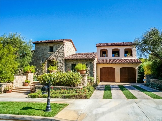 Single Family Home for Sale at 25825 Oak Meadow Drive Valencia, California 91381 United States