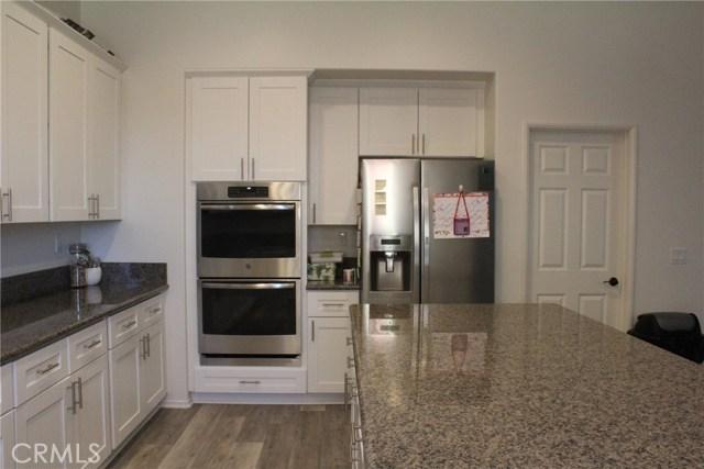 43942 Windrose Place, Lancaster CA: http://media.crmls.org/mediascn/5f0d5f9e-ece1-4cf9-862f-b96f8c5ca7af.jpg