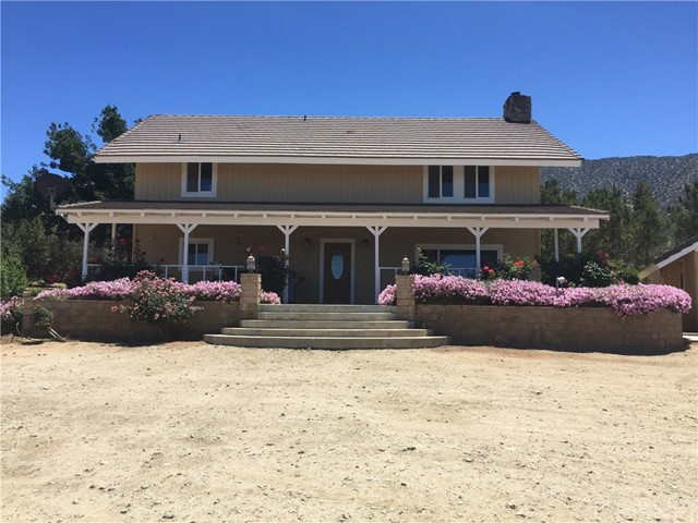 Single Family Home for Sale at 11640 Honeybee Lane Juniper Hills, California 93543 United States