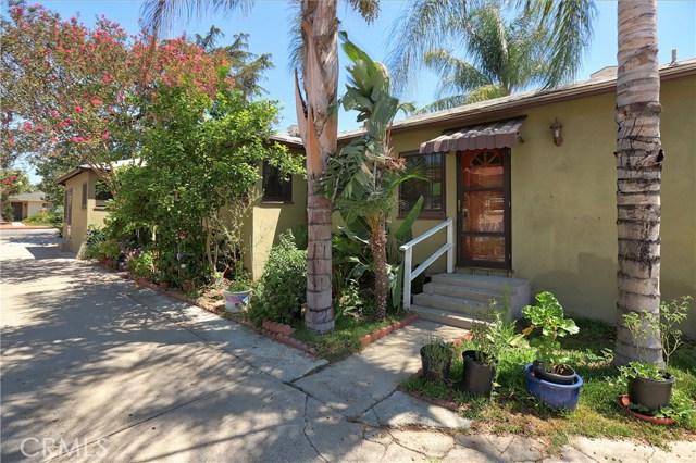 10550 Oxnard Street, North Hollywood CA: http://media.crmls.org/mediascn/5f2e2cdf-5c6f-46b9-94cf-101277312dbf.jpg