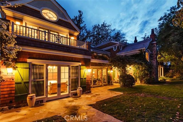 19115 Charles Street, Tarzana CA: http://media.crmls.org/mediascn/5ff519ff-48e7-4b51-9f4e-29108c15f6b4.jpg