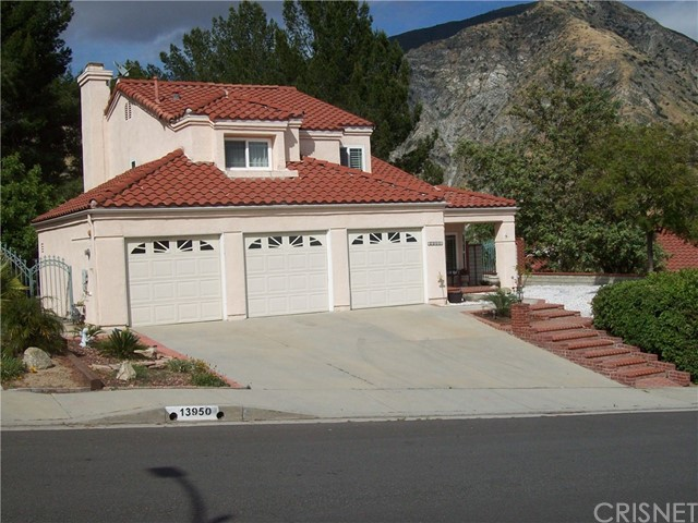 Single Family Home for Sale at 13944 Wallabi Avenue Sylmar, 91342 United States