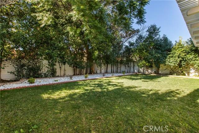 7519 Melvin Avenue, Reseda CA: http://media.crmls.org/mediascn/60577097-432b-4081-b4e2-064448911b2b.jpg
